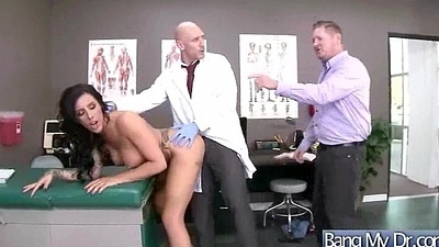 Roasting Slut Patient (austin lynn) And Doctor In Sex Adventures On Cam mov-06
