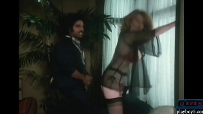 Young Ron Jeremy fucking a big Bristols milf drifting her Bristols