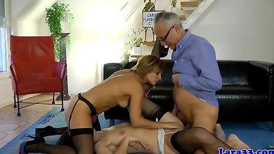 Uk milf facesitting during steamy threeway