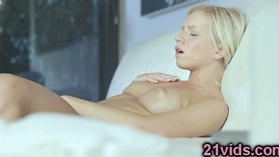 Sweet blonde Kiara Duke solo