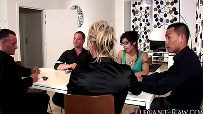 Threeway glam ho swallows
