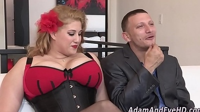 Chesty ho wide corset facial